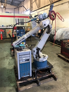 Welding Robot Complete with Controller a