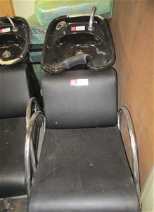 Hairdressing Chair With Basin