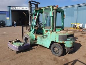 2 x Mitsubishi Forklifts, 3.5/4 Tonne Ca