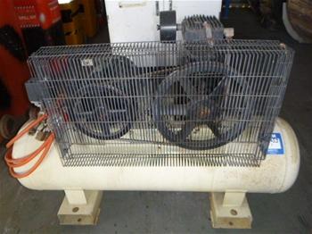 Ingersoll Rand SS5/5 DOL Air Compressor