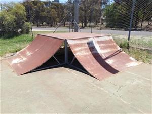 Skatepark Ramp (Rainbow)