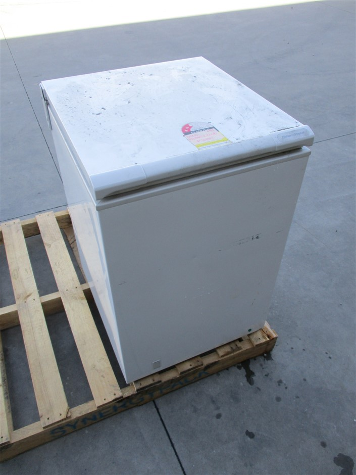 Fisher and Paykel 163 Litre Chest Freezer