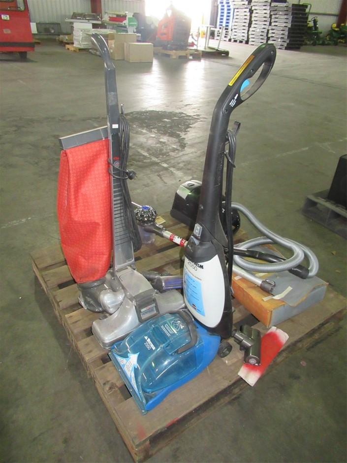 Qty 4 x Vacuum Cleaners (Pooraka, SA)