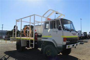 1985 Hino GT 4 x 4 Tray Body Truck