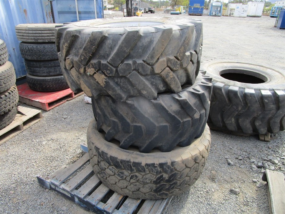 Qty 3 x Assorted Earthmoving Wheels