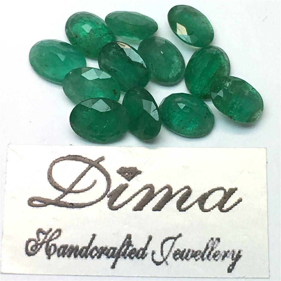 Twelve Loose Emerald 8.94ct in Total