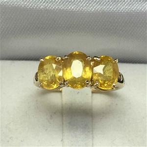 18ct Yellow Gold, 4.66ct Yellow Sapphire