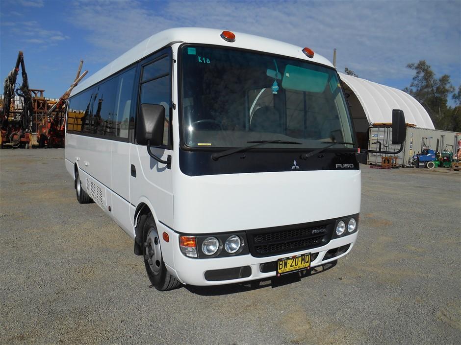 2013 Mitsubishi Fuso Rosa RWD 25 seater Bus