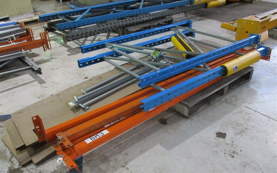 Assorted Pallet Racking comprising: