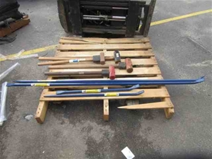 1 x Hammer and Pinch Bar Set
