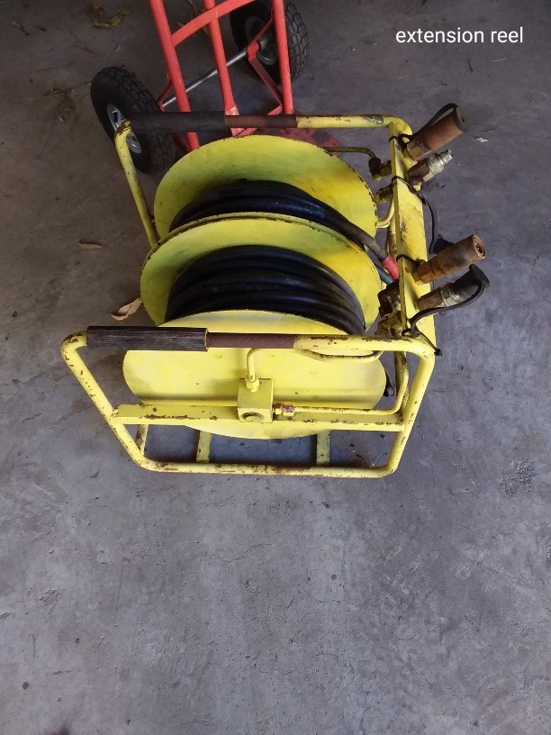 Hydraulic Hose Extension Reels 8 Metres on Each Reel 2 Sets of Ho