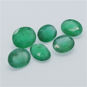 Six Loose Emerald, 11.20ct in Total