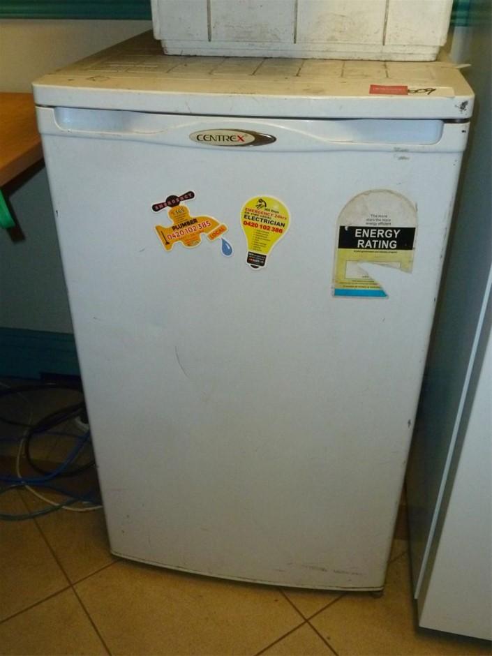 Centrex Bar refrigerator