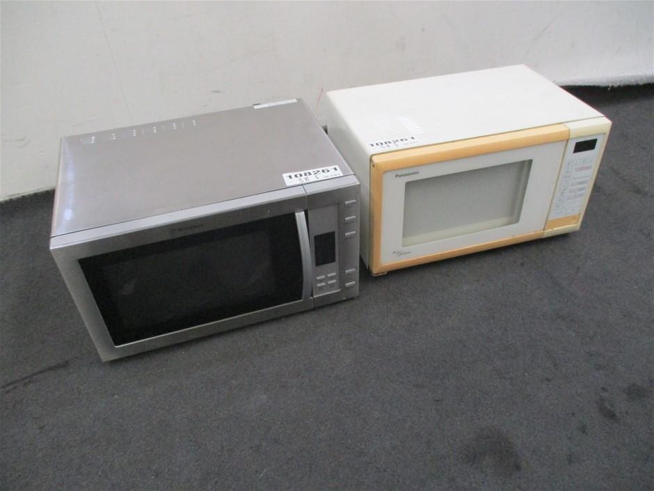 Qty 2 x Microwaves