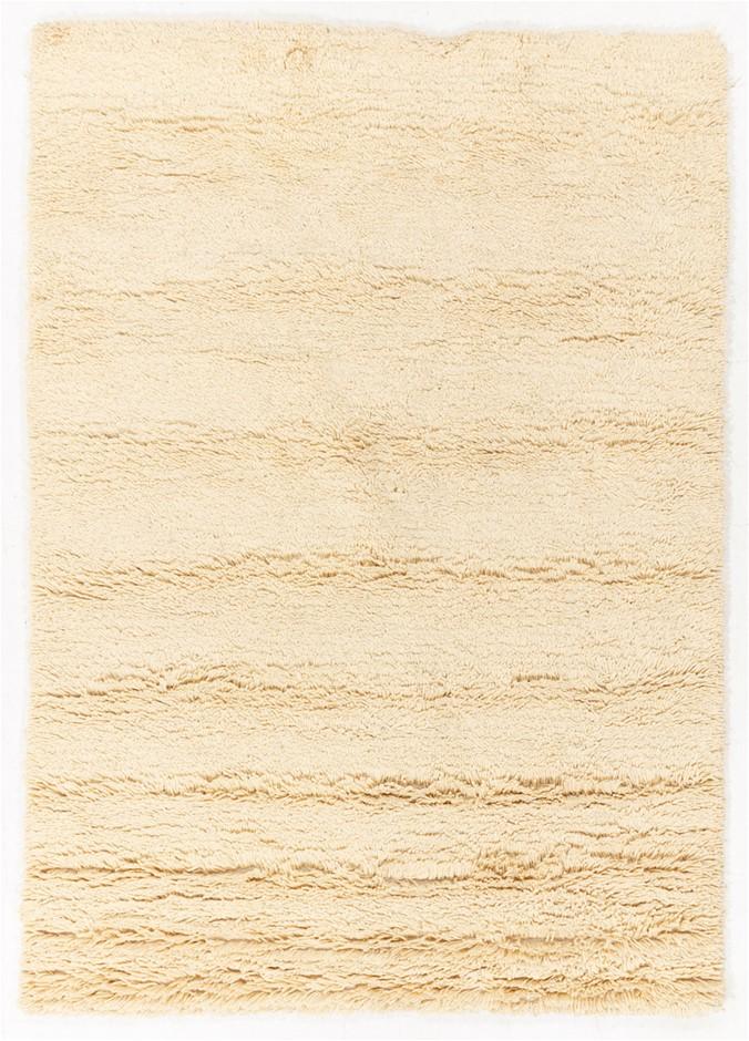 Hand Tufted Shaggy Floor Rug Size (cm): 160 x 230