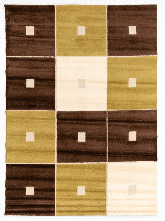 400,000 Point Quality Heat set Poly Pile Easy Care Rug Size (cm): 240 x 320