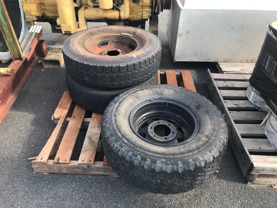 Pallet of 3x Assorted Tyres