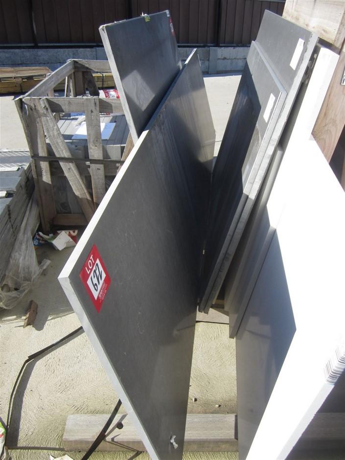Polished Caesarstone Bench Top. 3050mm x 785mm x 20mm PIATA GREY