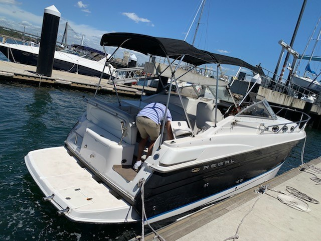 2005 Regal `Forever` 28ft Runabout Boat with 2x Volvo V8 Engines