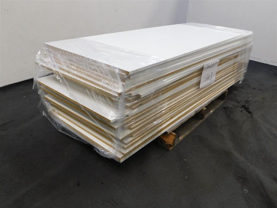 Qty 30 x Timber Laminate Chipboard Panels