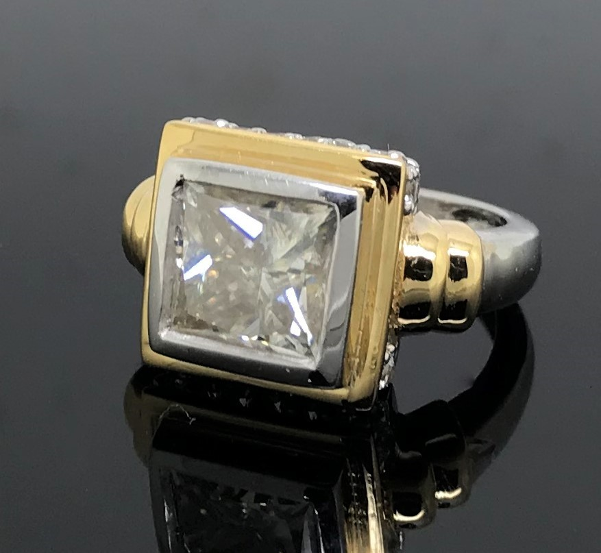 2.80ct White/Yellow Gold Princess Cut White Moissanite Engagement Size 'L'