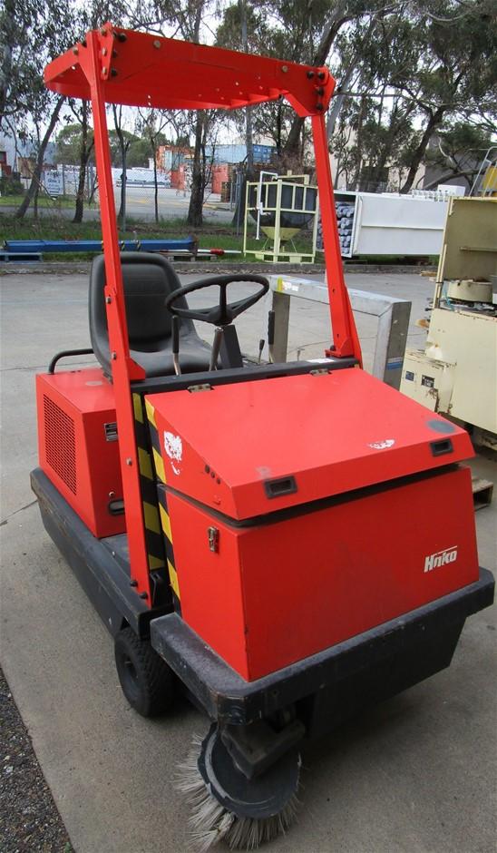 Hako-Jonas 1000VH Commercial Sweeper/Cleaner