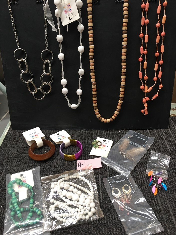 Bulk Lot of Ladies Jewellery