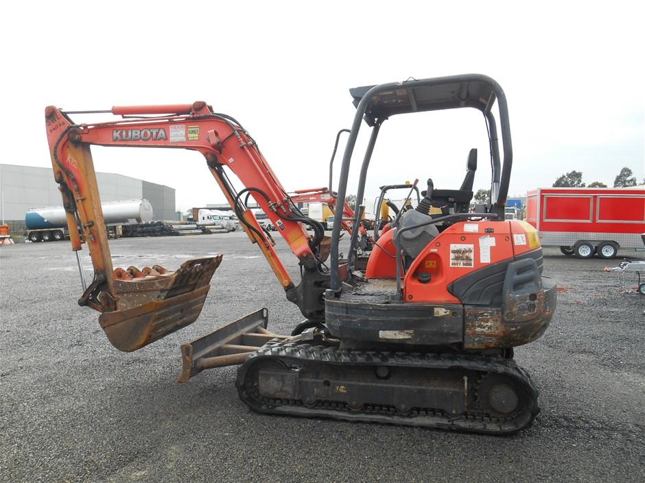 Kubota KX 121-35T Mini Excavator
