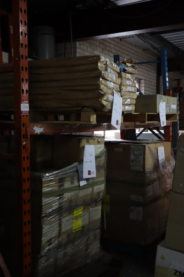 4 x Single Bays Mixed Pallet Racking & Qty Components to Building