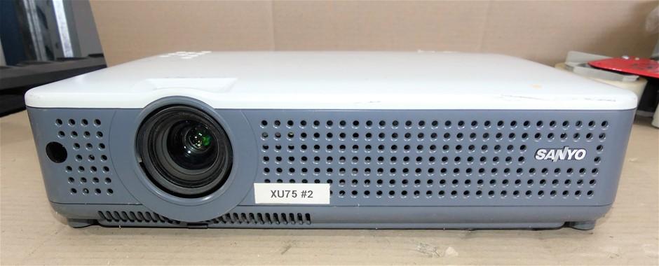 Sanyo Proxtra X Multiverse Projector, Model: PLC-XU75