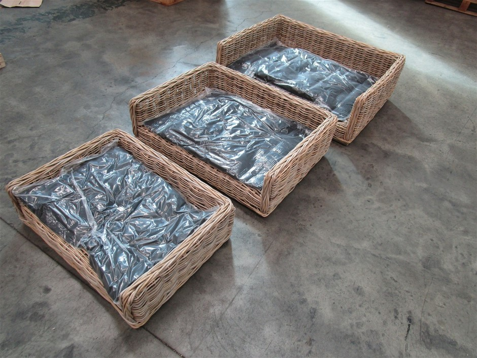 Pallet of 4 Square Rattan Dog Baskets with Cushion (Set of 3)