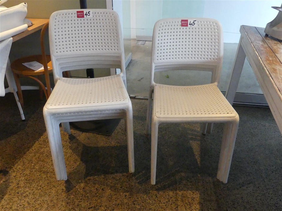 Qty 7 x Nardi Bora Bistro Outdoor Stackable Chairs