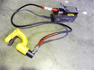 Power Team Air Hydraulic Pump With Punch