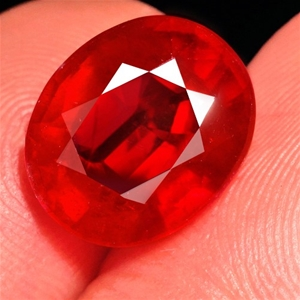4.10ct. Genuine Oval Facet Blood Red Rub