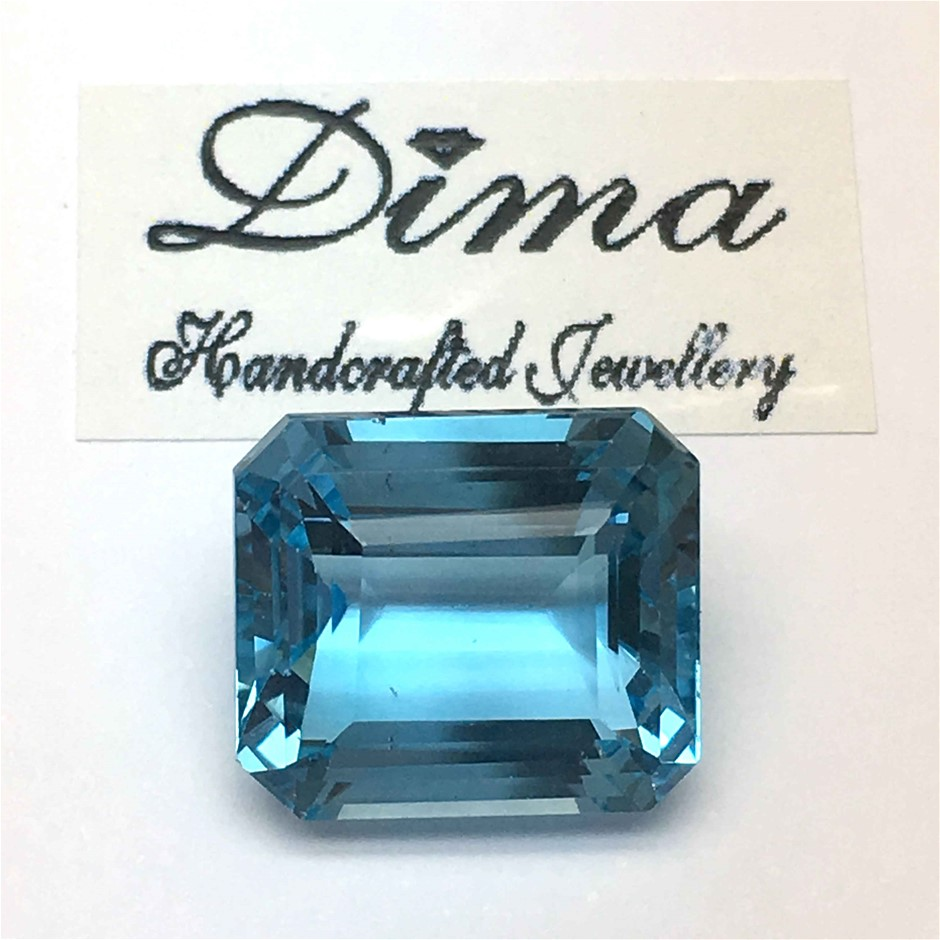 One Stone Blue Topaz 7.76ct in Total