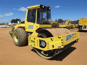 2011 Bomag BW211D Roller Smooth Drum