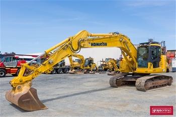 2013 Komatsu PC228US-8 Hydraulic Excavators