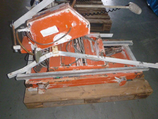 1998 Benetiere Coupeco VI 350 Tile Cutter (Electric)