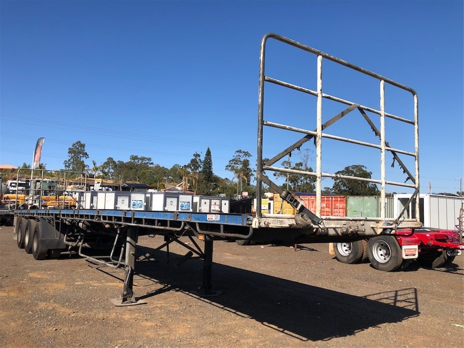 Freighter Tri Axle Flat Top Trailer