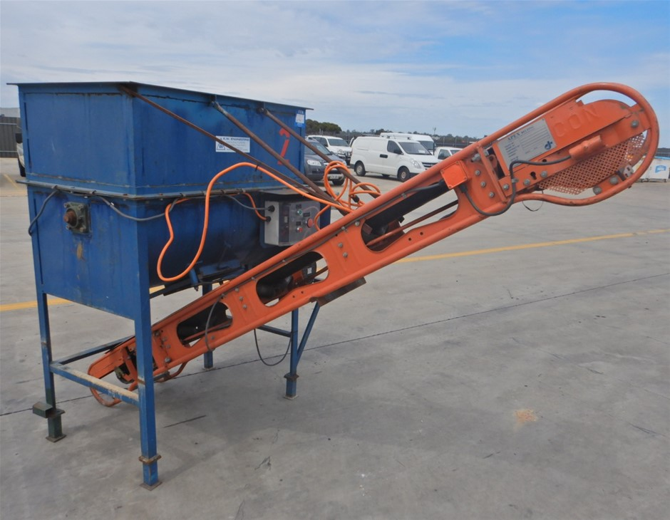 Industrial Mixer With Conveyor (Pooraka, SA)