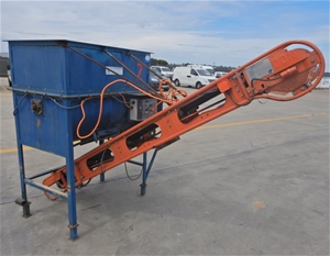 Industrial Mixer With Conveyor (Pooraka,