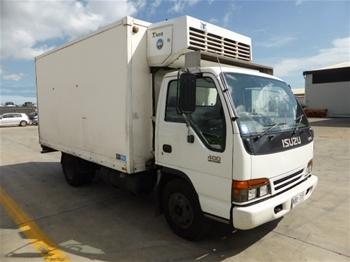 1997 Isuzu NPR 400 Medium 4x2 Refrigerated Body Truck