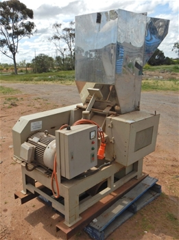 2012 CAS 49 Crusher