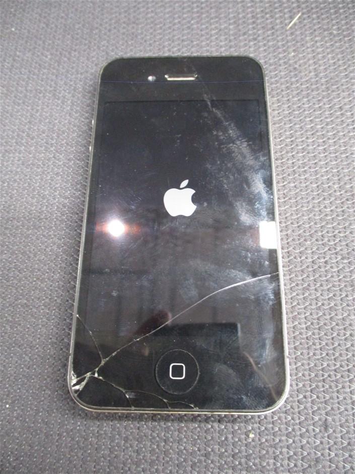 Apple iPhone 4S GSM+CDMA 32GB Black Mobile Device