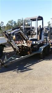 Bobcat 323**J Mini Excavator with Tandem