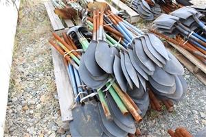 Pallet of Steel Long Handle Shovels