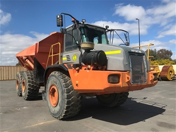 2004 Hitachi AH400 6x6 Articulated Dump Truck