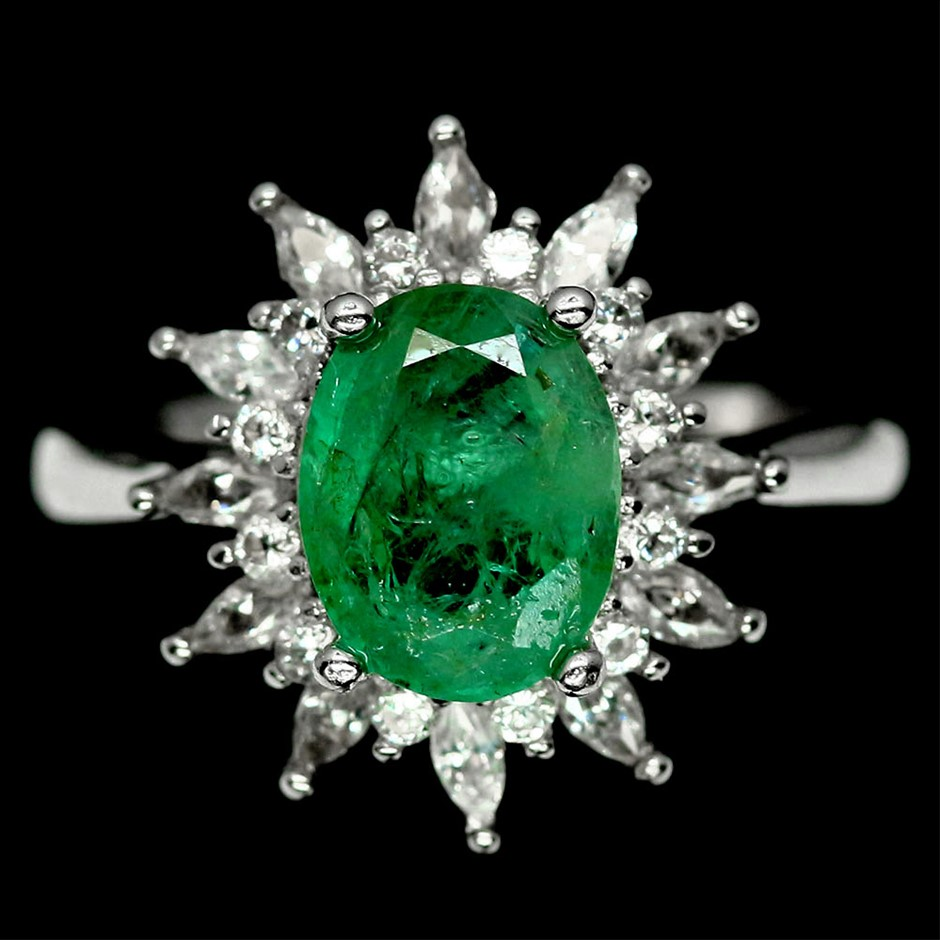 Eye Catching Genuine Emerald Ring