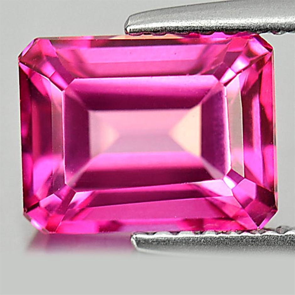3.52ct. Genuine Octagonal facet Internally Flawless Hot Pink Topaz