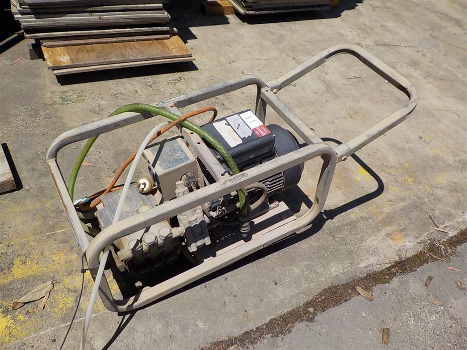 Water Pressure Pump - Coolum